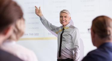 Профессор Академии Образования Великобритании